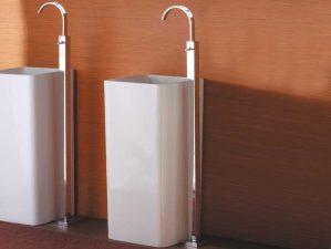Waschbecken-Standarmaturen