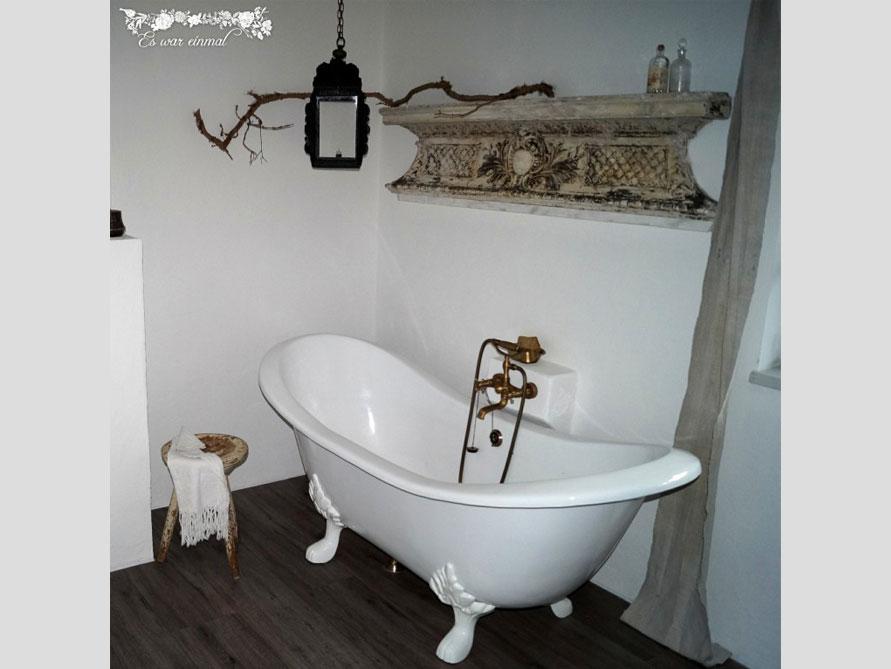 Badezimmer mit der freistehenden Nostalgie Badewanne Edinburgh