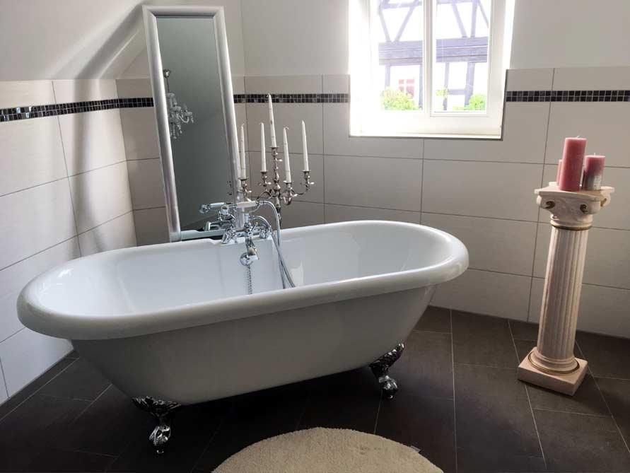 Badezimmer-Idee mit der freistehenden Badewanne Carlton 175