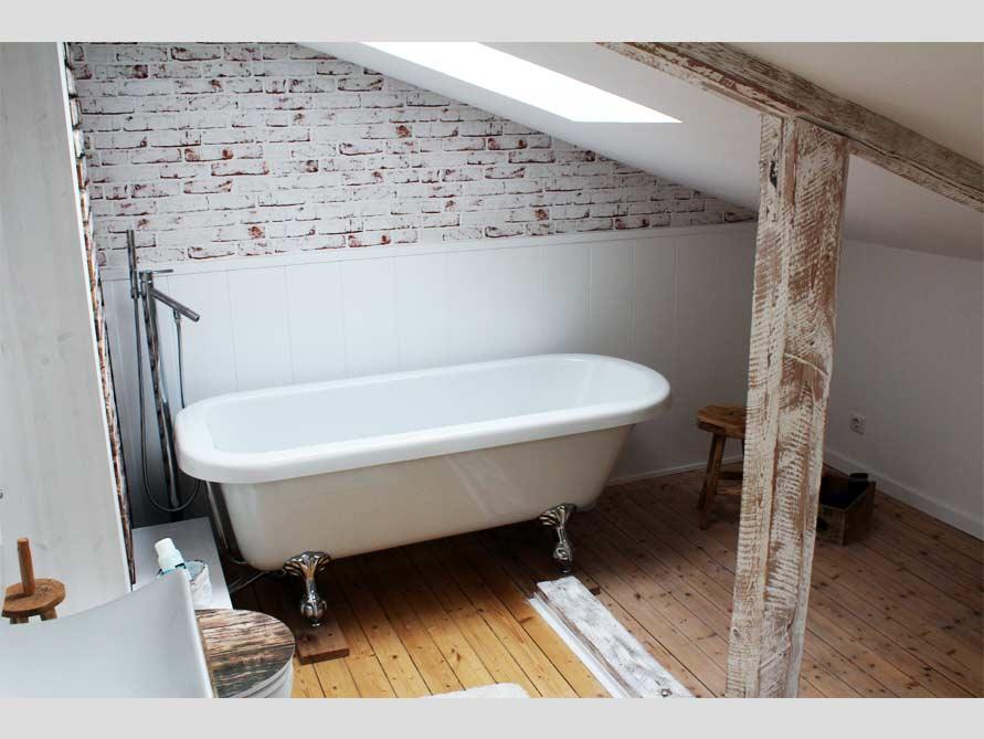 Badezimmer-Idee mit der freistehenden Badewanne Derry