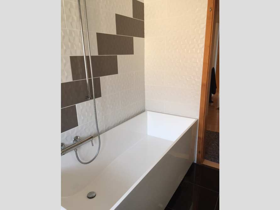 Badezimmer Idee mit der freistehenden Badewanne Firenze