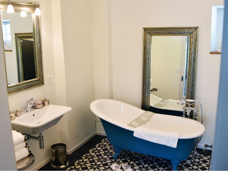 Badezimmer ideen mit freistehende nostalgie badewanne for Badezimmer ideen nostalgie