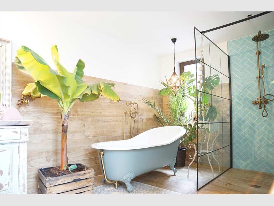 Kundenbad mit der freistehenden Badewanne Liverpool Big