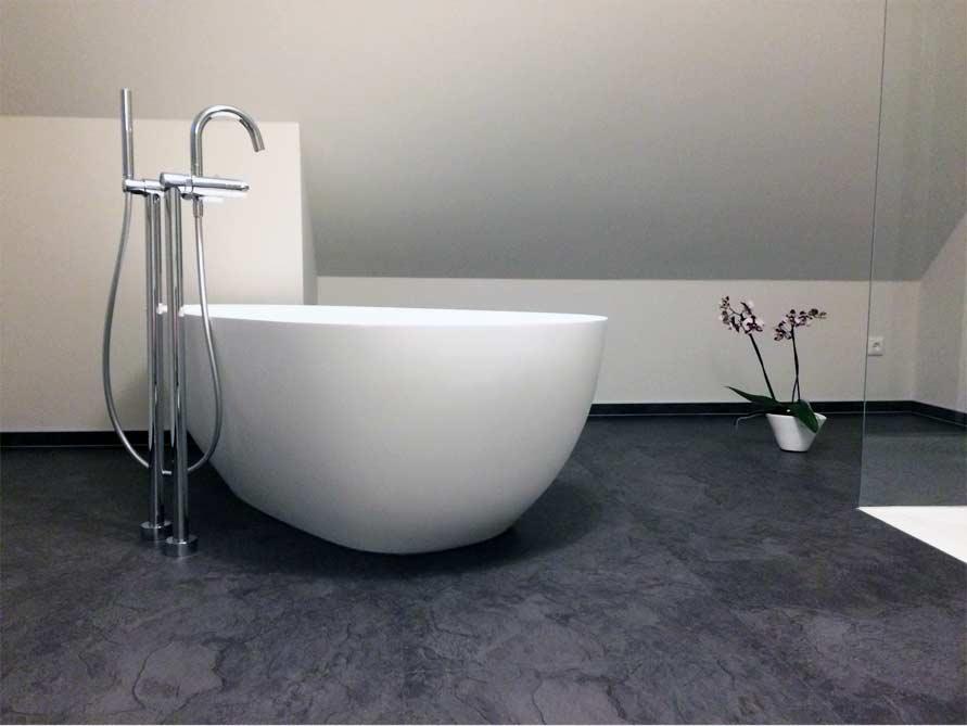 Badezimmer-Idee mit der freistehenden Badewanne Luino
