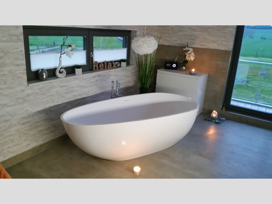 badezimmer idee luino grande freistehenden badewanne entspannung luino. Black Bedroom Furniture Sets. Home Design Ideas
