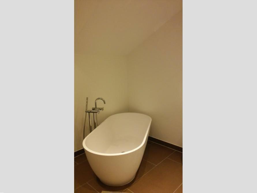 Badezimmer Idee mit der freistehenden Badewanne Montecristo