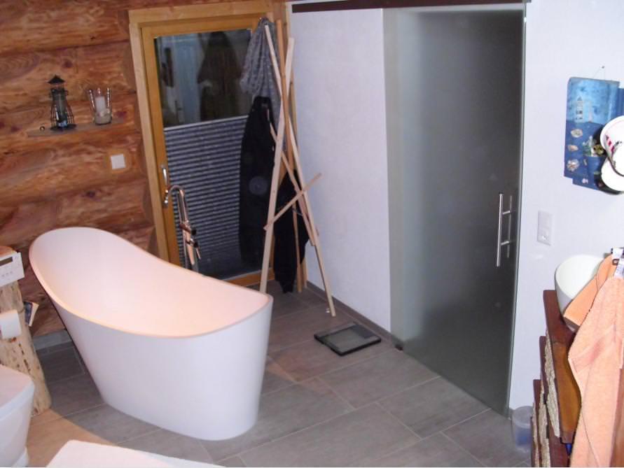 Badezimmer mit der freistehenden Nostalgie Badewanne Napoli