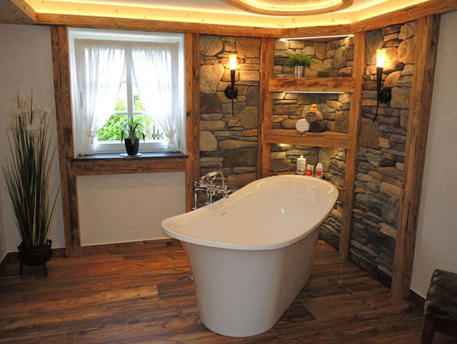 Badezimmer-Idee mit der freistehenden Badewanne Verona