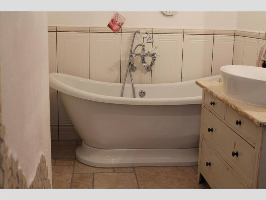 Badezimmer mit der freistehenden Nostalgie Badewanne Worcester